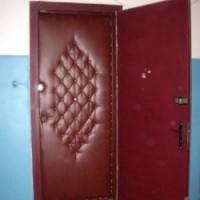 Как утеплить китайскую железную входную дверь видео