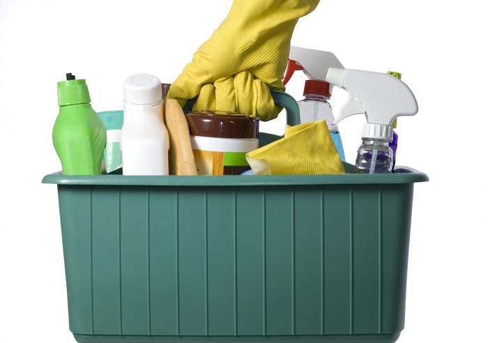 86719153_4196199_bigstockphoto_cleaning_supplies__1019044
