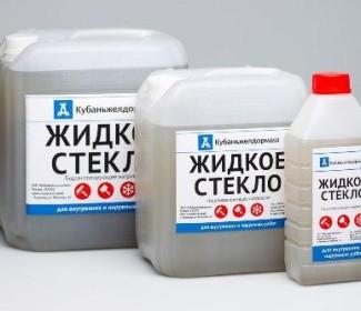 zhidkoe-steklo-dlya-gidroizolyacii-fundamenta