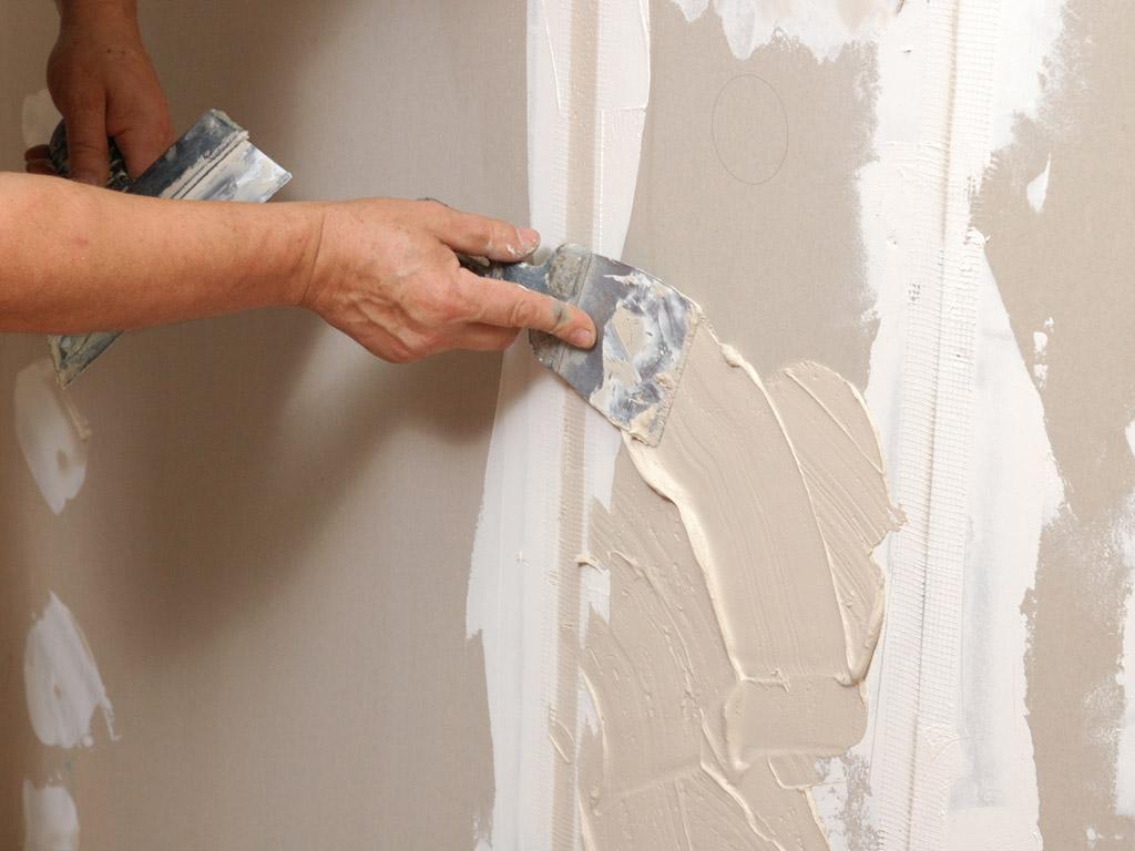 Как выравниваются стены своими руками