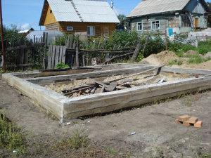 Stroitelstvo-fyndamentov-pod-banu